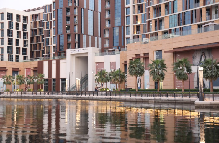Dubai Wharf retail properties on Jaddaf waterfront