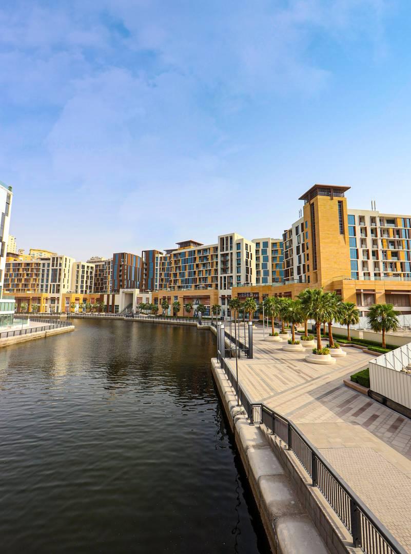 Dubai Wharf Retail
